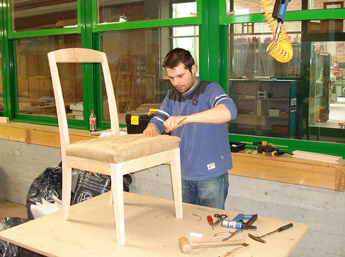 Loris tapezierer und dekorateur for Beruf innendekorateur